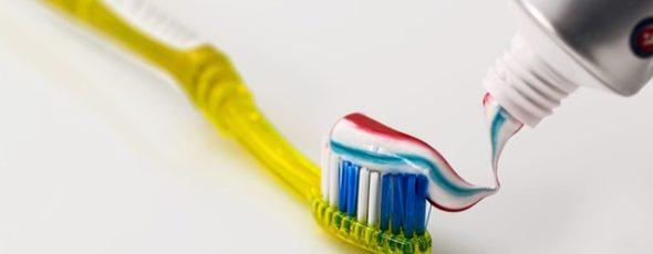 Ab wann sollte ich wieder Zähne putzen?